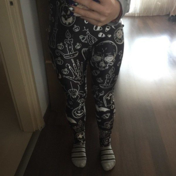 Ghost Skull Leggings photo review